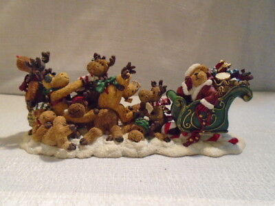 Boyds Bear Poor Ol' Santa & The Not Quite Ready Reindeer 2E 228459 Lighted New