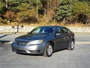 2012 CHRYSLER 200...LOADED!! ONLY 71,000 KMS!! APPLY TODAY!!