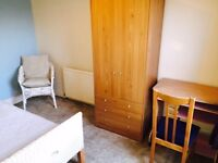Student House with 3 double bedrooms near Avenue Campus Northampton