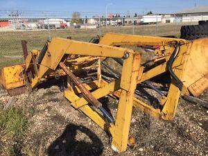 Used front end loader, Ezee On , Leon Edmonton Edmonton Area image 2