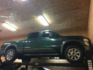 2009 Ford F-250 FX4 Lariat Cabela's Pickup Truck