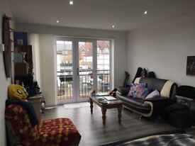 VERY SPACIOUS newly decorated studio flat with separate kitchen! BILLS INCLUDED!