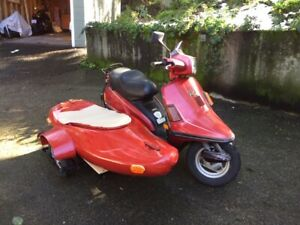 Vintage Scooter with available Sidecar