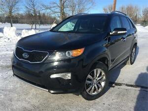 2013 Kia Sorento SX-AWD  **LEATHER-NAV-SUNROOF**