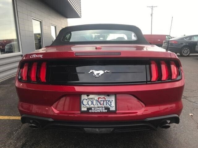 Image 6 Voiture Américaine d'occasion Ford Mustang 2020