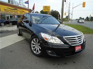 2011 Hyundai Genesis,TECH PKG,NAVIGATION,NO ACCIDENT,REAR CAMERA