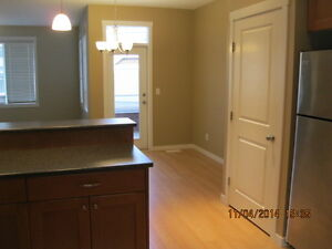 Three Bedroom Townhouse Available November 15th in Valleyview