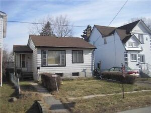 ESTATE SALE - COZY DETACHED 2 BDRM BUNGALOW
