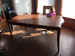 SOLID OAK DINING TABLE, seats 6