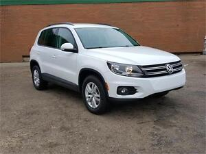 2015 VOLKSWAGEN TIGUAN ALL WHEEL DRIVE LOW KMS !! 16CP6876A