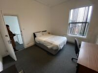 ROOMS AVAILABLE IN CITY CENTRE LOCATION BEAUTIFUL HOUSE