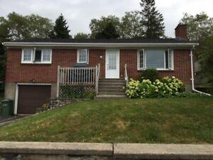 Available May 1st 3 Bedroom Bungalow with Garage