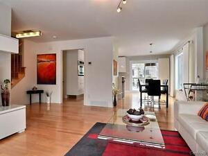 **Beautiful Contemporary House Available Nov!!  (Chateauguay)