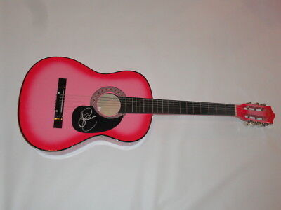 Sara Evans Signed Hot Pink Acoustic Guitar Country Superstar Proof