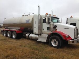 Potable water   T800 Kenworth   Water Truck   Stainless steel ta Regina Regina Area image 3