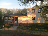 Affordable Acreage in Teulon!!