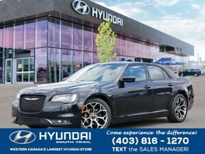 2015 Chrysler 300S **KEYLESS ENTRY**PUSH IGNITION**LEATHER**NAVI