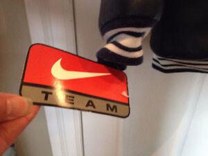 Nike NHL Toronto Maple Leafs Jacket New with tags size 6 Kitchener / Waterloo Kitchener Area image 3
