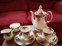 Royal Albert, Old Country Roses, 2 setting Coffee Set