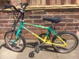 Vintage Raleigh Slammer bike for kid.