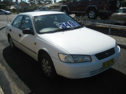 1998 Toyota Camry SXV20R CSi White 4 Speed Automatic Sedan Tuncurry Great Lakes Area Preview