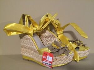 Dolce by Mojo Moxy High Heel Yellow Shoes - Size 8.5 - Brand new