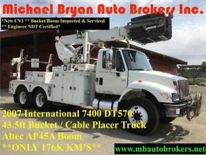 2007 INTERNATIONAL 7400 BUCKET TRUCK / CABLE PLACER W/ REEL LIFT