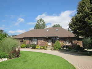 Custom built ranch for sale in Dorchester - 54 Valleyview Cres