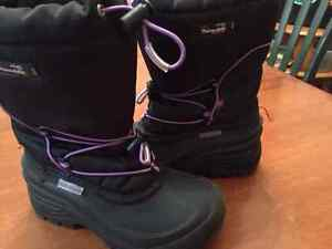 Size 2 Winter Boots for girl