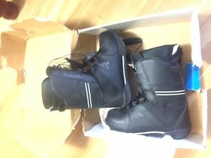 Mens Firefly Never Used Snowboard Boots