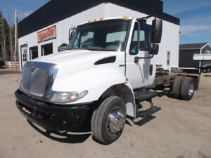2008 INTERNATIONAL 4300 CAB & CHASSIS AUTOMATIC