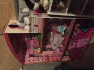 3 tier doll house