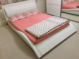 Bed with mattress (King size)