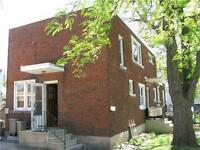 NEWLY RENOVATED & UPDATED 2 BEDROOM UNIT ON DIEPPE RD.
