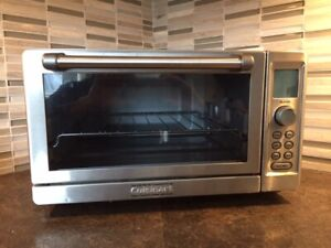 Cuisinart Deluxe Convection Toaster Oven $80.00