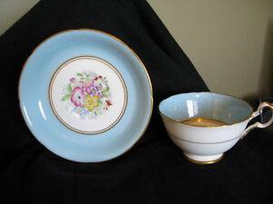 Antique Tea Cups/Saucers (England) Bone & Fine Bone China Edmonton Edmonton Area image 1