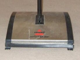 BISSELL 'PERFECT SWEEP' CARPET SWEEPER