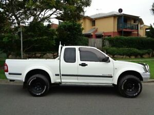 2004 Holden Rodeo RA LX (4x4) White 5 Speed Manual Utility Chermside Brisbane North East Preview
