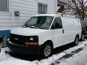 2009 Chevrolet Express 1500 1500 1/2 Ton  0 DOWN $54 WEEKLY!