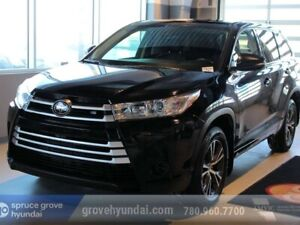 2017 Toyota Highlander LE 7 PASSENGER WITH 3RD ROW SEATING