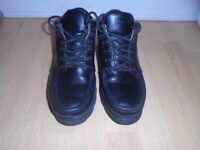 Timberland men's boots size 7-post it