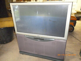 SONY 41INCH PROJECTION TV