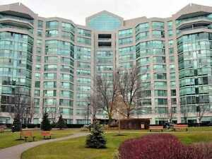 LARGE & STUNNING 2+den in Landmark Condos in Thornhill