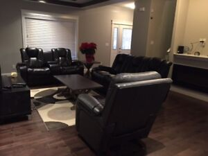 Fully Furnished, Pet Friendly Family Home