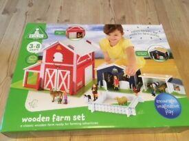 ELC wooden farm set with farm animals set, excellent condition