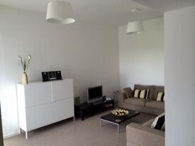 3 bedroom top floor apartment to rent unfurnished overlooking sea/golf courses
