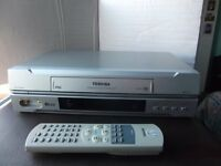Toshiba vhs video recorder V-242 with remote