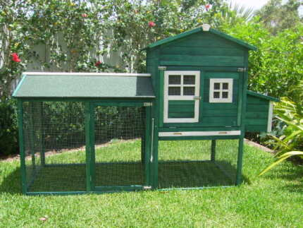 Chicken coop Somerzby Green Mansion Rabbit Hutch Cage cat run Somersby Gosford Area Preview