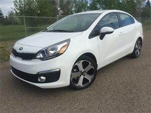 2016 Kia Rio SX-LEATHER  (only 10700 kms)