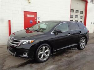 2013 Toyota Venza AWD ~ 115,000KMS ~ Pano Roof ~ $19,999